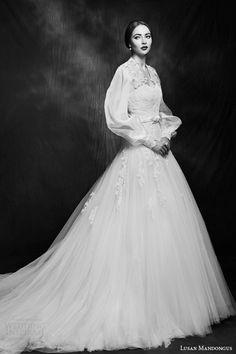 Susan Mandongus Wedding Gown - Style LM2854B - 2015 Collection - (weddinginspirasi)