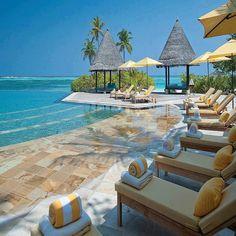 The Venue: Four Seasons Hotels & Resorts - Maldives at Kuda Huraa - Infinity Pool Holiday Destinations, Vacation Destinations, Dream Vacations, Vacation Spots, Hotel Four Seasons, The Places Youll Go, Places To Visit, Infinity Pool, Hotels And Resorts