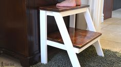 Her Tool Belt - DIY furniture plans, crafts, and home improvement tutorials to empower you! Diy Kids Furniture, Diy Furniture Plans Wood Projects, Simple Furniture, Diy Projects, Do It Yourself Einrichtung, Diy Stool, Step Stools, Woodworking Projects For Kids, Woodworking Plans