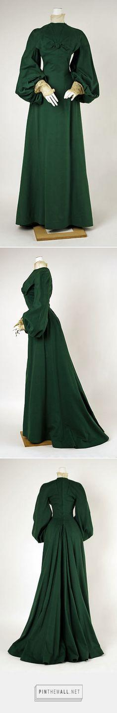 1900 House of Worth green wool walking dress / Metropolitan Museum of Art 1900s Fashion, 19th Century Fashion, Edwardian Fashion, Vintage Fashion, Antique Clothing, Historical Clothing, Vintage Dresses, Vintage Outfits, Jeanne Lanvin