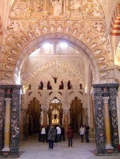 Córdoba Mezquita - a mix of Islamic and Christian art    *** photo Robert Bovington ***  http://www.panoramio.com/user/2391258