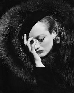 #Classy, bohemea:    Joan Crawford