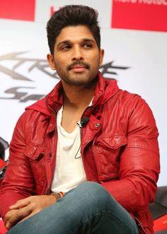 allu arjun dj gets first look date Dj Images, Actors Images, Allu Arjun Hairstyle, Allu Arjun Wallpapers, Dj Movie, Allu Arjun Images, Workout Pics, Indian Star, Indian Male