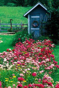 HOME & GARDEN: 3 cabanes de jardin qui font rêver et 6 conseils pour créer la vôtre
