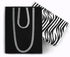 Souprava atypického výrazného stříbrného náhrdelníku a náramku >]