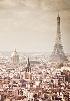 Oh la la! Nothing says romance like #Paris - a city we've fallen hard for this season. #beautiful #weddinginspiration