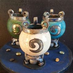 The witches cauldrons diffusers...You Can customize and choose a Lot of colors