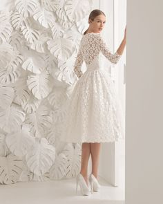 Neri vestido de guipur.