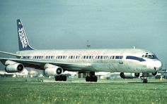 Flying Tiger Line DC8-63F on scheduled cargo flight going heavy to 28L at Heathrow photo taken by PanAm base. Flying Tiger was a classic cargo airline and gained cargo schedules to Heathrow when it took over Seaboard World who operated DC8s and 747s to London.