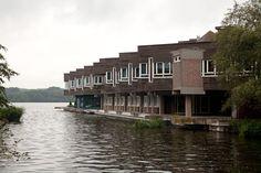 Raadhuis Amstelveen / Town Hall Amstelveen ( Van Dommelen, Kroos, Van der Weerd )