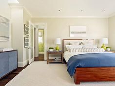 The decorating experts at HGTV.com share 15 designer tricks for making a small…