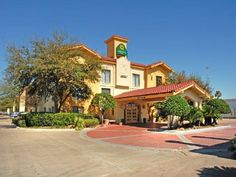 Houston (TX) La Quinta Houston Cyfair Hotel United States, North America Located in North Houston, La Quinta Houston Cyfair Hotel is a perfect starting point from which to explore Houston (TX). Both business travelers and tourists can enjoy the hotel's facilities and services. Car park, meeting facilities, pets allowed, laundry service/dry cleaning are there for guest's enjoyment. The well-appointed guestrooms feature satellite/cable TV, coffee/tea maker, hair dryer, internet ...