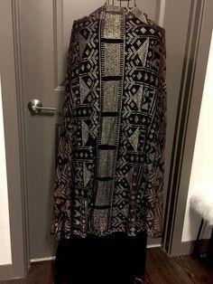 Last Chance! Pakistani Dress Design, Pakistani Dresses, Cocoon Jackets, Flapper Era, Dressy Jackets, Egyptian Queen, Textile Prints, Traditional Dresses, Wearable Art