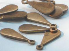 SUPPLY: 12 pieces of vintage cut copper drop shape bead 16mm