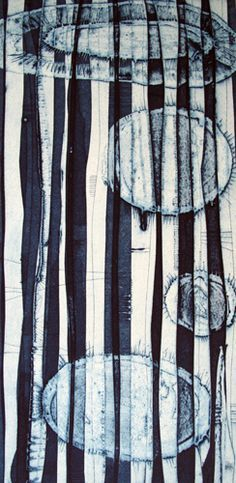 Tessa Horrocks is a print making artist' based in London. Her work is primarily based using both collagraph and drypoint printing technique. Inspired by nature and the microscopic world Horrocks'
