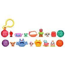 Teensies Intro Pack, Series 9 by Littlest Pet Shop. $13.99. Pack includes 8 pets, 8 accessories, 3 bubbles, 1 keychain bubble and 1 clip. Their friendly little faces and cheerful expressions will make everything just a little more magical. Enjoy the surprise, because one of your pets is a mystery pet. 0. Littlest Pet Shop Teensies pack has 8 tiny pets for you to play with. From the Manufacturer                There's a beautiful world out there to explore, an...