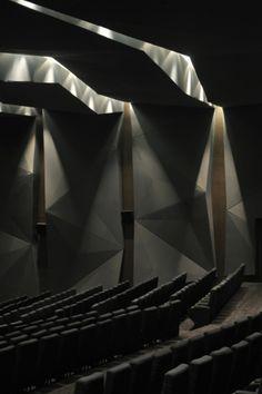 Chettinad Health City Auditorium / Morphogenesis