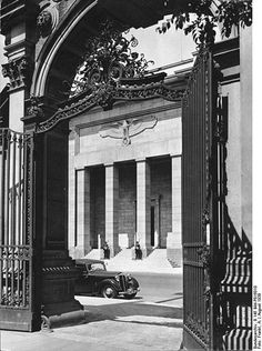 """In this photo series, we are taking a look at the New Reich Chancellery from it's construction to its after-life. All pictures, except the """"Afterlife"""", Fascist Architecture, German Architecture, Classical Architecture, Historical Architecture, Germany Ww2, Germany And Italy, Dresden, History Of Photography, Historical Pictures"""