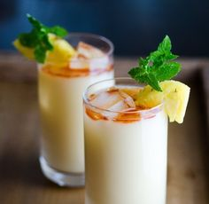 This Piña Colada Has Only 2 Ingredients, and It's Marvelous — Drinks from The Kitchn
