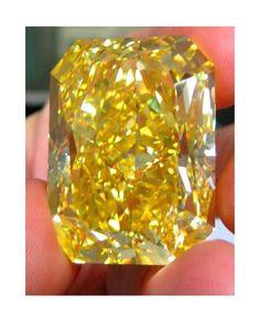 127 carat FANCYS Colortype   A Vivid Yellow Diamond