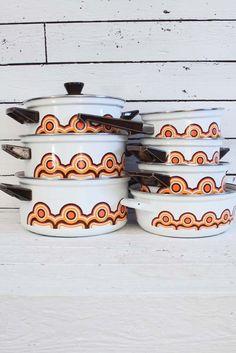 Zo'n geweldige Brabantia pannenset! De meeste pannen zijn in nieuwstaat.... www.sugarsugar.nl