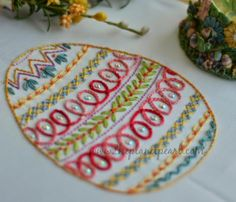 http://needleknowledge.com/free-patterns/traditional-embroidery-free-embroidery-patterns/2014-easter-egg-sal-free-embroidery-pattern/