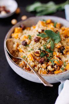 Süßkartoffel-Quinoa mit karamelisierten Haselnüssen - rein pflanzlich, vegan, glutenfrei, ohne raffinierten Zucker - de.heavenlynnhealthy.com