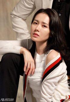 Korean Actresses, Korean Actors, Actors & Actresses, Korean Beauty, Asian Beauty, Korean Celebrities, Celebs, Korean Drama Series, Blonde Beauty