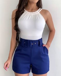 Belted Shorts Outfits, Crop Top Outfits, Mode Outfits, Cute Casual Outfits, Short Outfits, Pretty Outfits, Stylish Outfits, Beautiful Outfits, Fashion Outfits