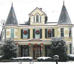 images of victorian christmas houses | Christmas Wreaths | For the Home