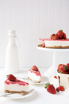 Strawberry Vanilla Bean Raw Vegan Cheesecake recipe.