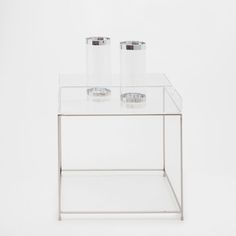 Image of the product METAL TRAY SIDE TABLE