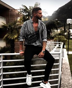 148ee22b4c74 Simple and Creative Tips Can Change Your Life  Urban Fashion Club urban  fashion casual chic. Riaz Orrie · Men s Summer Street Style