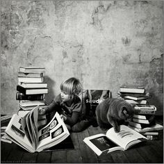 Katherine and her cat Lilu are the stars of this lovely picture story made by Russian photographer Andy Prokh.