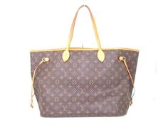 Louis Vuitton Neverfull Gm Shoulder Bag. Get one of the hottest styles of the season! The Louis Vuitton Neverfull Gm Shoulder Bag is a top 10 member favorite on Tradesy. Save on yours before they're sold out!