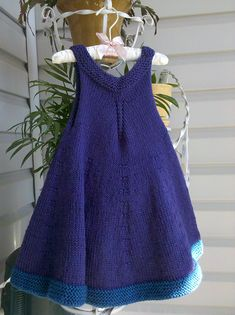 Ravelry: Violet Dress pattern by Shelby Dyas Knit Baby Dress, Knitted Baby Clothes, Crochet Clothes, Diy Clothes, Knitting Baby Girl, Knitting For Kids, Free Knitting, Baby Girl Patterns, Baby Knitting Patterns