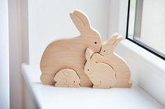 Lapin de cadeaux de Pâques les enfants, la famille lapin, lapin en bois, puzzle jouet lapin, puzzle animaux, décoration de Pâques ---------------------------------------------------------------------------------------------------------------- Voici la famille de lapins sont à la fois