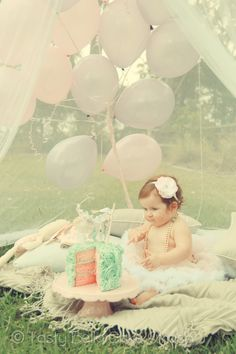 Tasty Bella Cake Smash // Sunshine Coast // first birthday // vintage // girl // pink // aqua // tutu // net // tent // pearls // balloons