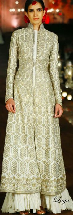 Latest Bridal Gowns Trends & Designs Collection 2015-2016 | StylesGap.com