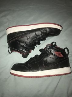 28a35aa9451a Jordan Retro 1 Mid PS  fashion  clothing  shoes  accessories   kidsclothingshoesaccs  unisexshoes  ad (ebay link). Guadalupe Dollard