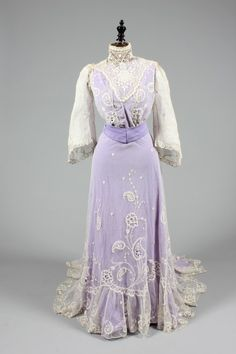 Summer or wedding dress ca. 1910 From Kerry Taylor Auctions