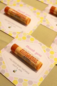 Lip balm favors at a Mommy to Bee Baby Shower! Knits Mommy to Bee! Cadeau Baby Shower, Idee Baby Shower, Cute Baby Shower Ideas, Shower Bebe, Baby Shower Games, Baby Shower Parties, Baby Boy Shower, Diy Baby Shower Favors, Baby Shower Gifts For Guests