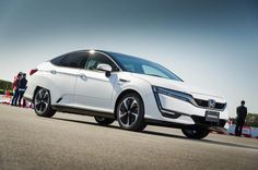 2016 NEw Honda FCV performance front view