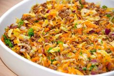 Ground beef with cabbage cooked in a baking dish in the oven, and is an easy dish that everyone likes. Cook N, Cooking Recipes, Healthy Recipes, Dinner Is Served, Recipes From Heaven, Food Inspiration, Meal Planning, Good Food, Food And Drink