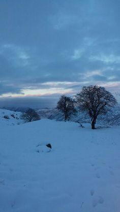 Manzara çok güzel ama bir okadarda acımasız soğuk. ..