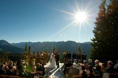 Aspen ceremony by zornphoto.com via luxemountainweddings.com