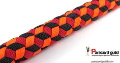 Learn how to make a Basic Cobra paracord bracelet without Buckles. Simple video instraction about making basic cobra paracord bracelet. Paracord Braids, 550 Paracord, Paracord Bracelets, Knot Bracelets, Survival Bracelets, Swiss Paracord, Paracord Tutorial, Bracelet Tutorial, Diy Accessoires
