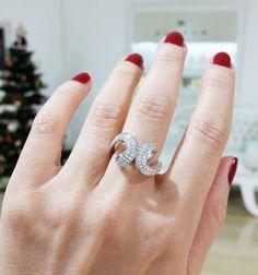 Diamond dress ring by Kalfin Jewellery #diamondjewellery #diamonds #diamond #custommaderings #Christmas #giftidea #beuty #fashionbloggers #diamondringsmelbourne #engagementringsmelbourne #diamondengagementrings #cbdjewellers #Melbourne #weddingrings #gentsring #diamondjewellery #diamondweddingring #fashionbloggers #picoftheday #bestphoto  #designerjeweller #couture #luxury