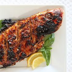 Grilled Whole Red Snapper. Grilled Whole Red Snapper with Ginger Sweet Chili Sauce Fish Recipes, Seafood Recipes, Whole Food Recipes, Grilling Recipes, Yummy Recipes, Homemade Tacos, Homemade Taco Seasoning, Whole Red Snapper Recipes, Grilled Red Snapper