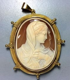 Wonderful Museum Quality Victorian Shell Cameo Brooch of Our Lady - Madonna